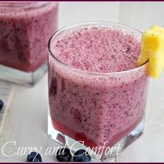 Pineapple Blueberry Banana Smoothie (Vegan)