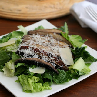 Grilled Portobello Caesar Salad – Low Carb and Gluten-Free Recipe