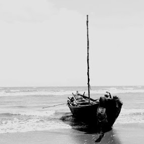 Seasick sailors by Mitrava Banerjee - People Professional People