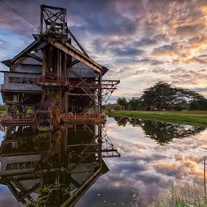 Last Tin Dredge Sunset (fb).jpg
