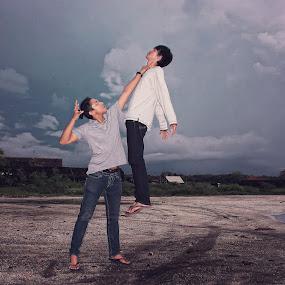 puguh vs alex by Puguh Gumilang - People Fine Art