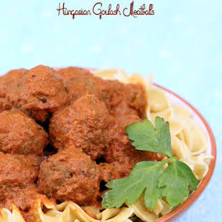 Slow Cooker Hungarian Goulash Meatballs.