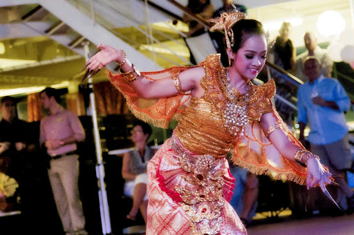 Azamara-Bangkok-ThaiShow - Take in new cultures with the Bangkok Thai show aboard an Azamara cruise ship.