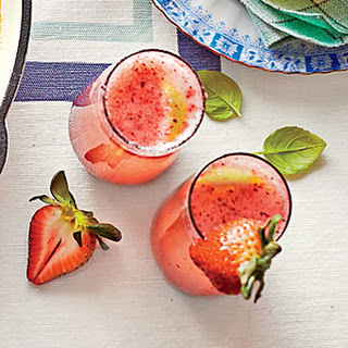 Fizzy Berry Pick-Me-Up