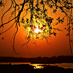 Sunset Silhouette @ Kolkata by Saptak Banerjee - Landscapes Sunsets & Sunrises ( sky, silhouette, sunset, kolkata, ganges, sun,  )