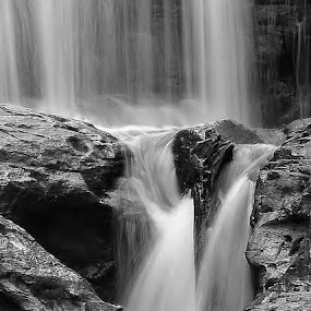 Mist and Stone by Tim Hall - Black & White Landscapes ( tranquil, michigan, upper peninsula, b&w, relax, black and white, pictured rocks national lakeshore, waterfall, national parks, tranquility, landscape, relaxing, close up, hiking,  )