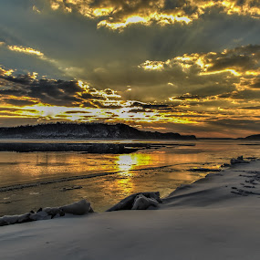 Dawn over Lake Clarke by Troy Snider - Landscapes Sunsets & Sunrises ( water, majestic, beautiful, lake, breathtaking, icy water, sun, dawn, winter, cold, ice, sunrise, river )