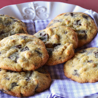 Walnut Chocolate Chip Cookies