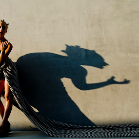 INNER VOICE by Robert Hayman - People Portraits of Women ( #lindseycompton, #losangeles, #roberthayman, #lacma, #shadow )