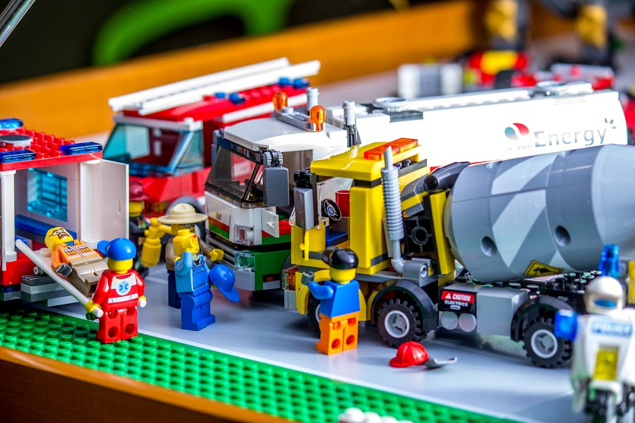 Concrete Wreck by Paul Cushing - Artistic Objects Toys ( accident, traffic, truck, cement, lego )