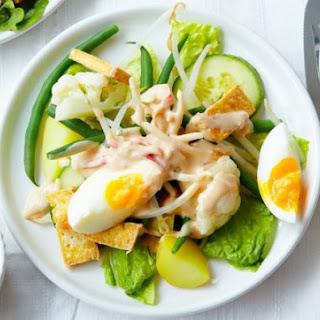 Indonesian Vegetable Salad With Peanut Sauce.