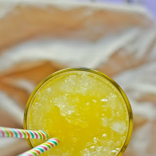 Papaya and Lemongrass Lemonade.
