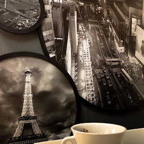 A voyager... by Elias Spiliotis - Food & Drink Alcohol & Drinks ( photos, cup, coffee, voyager, cafe, pwc, pwccoffee )