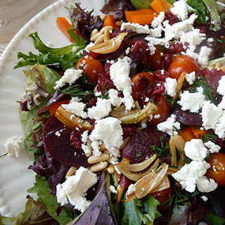 Mesclun Salad with Veggies, Goat Cheese, and Crispy Garlic