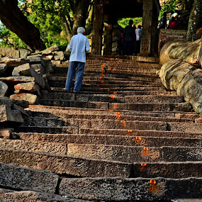 by Subramanya Padubidri - City,  Street & Park  Street Scenes