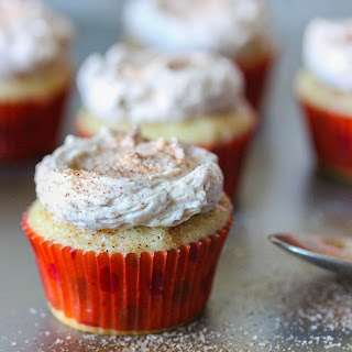 Mini Snickerdoodle Cupcakes With Cinnamon Frosting.