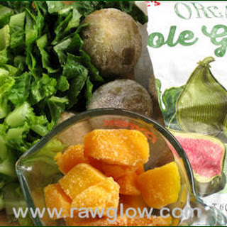 Mango Fig Green Smoothie.