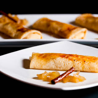 Crepes filled with Cream and Caramelized Apple.