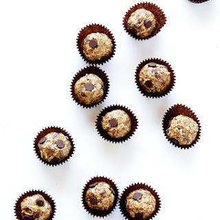 Cashew Dark Chocolate Energy Bites