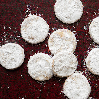 Polvorones (Pecan Shortbread Cookies)
