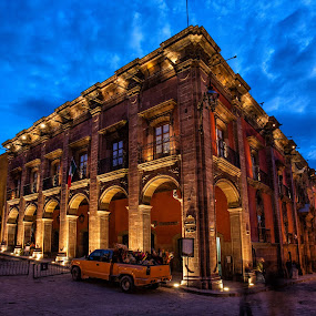 Casa del Mayorazgo de la Canal by Gliserio Castañeda G - Buildings & Architecture Public & Historical