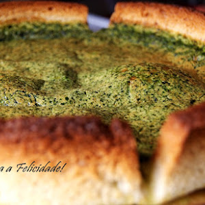 Spinach Quiche with Bread Crust
