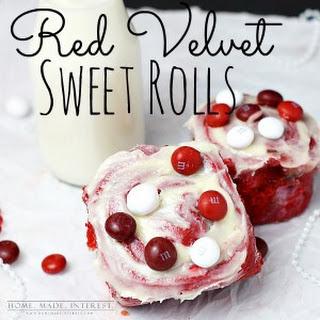 Red Velvet Sweet Rolls