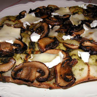 Grilled Mushroom, & cheese pizza
