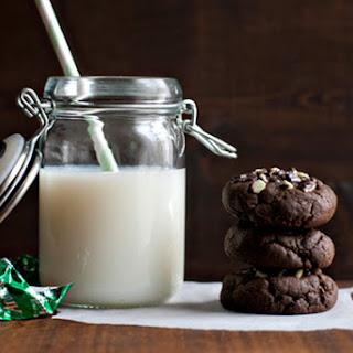 Crème de Menthe Stuffed Chocolate Cookies