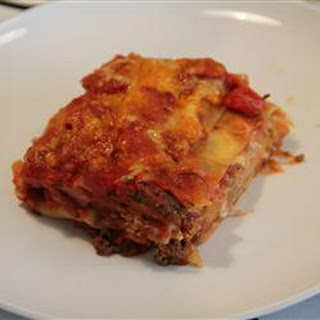 Classic and Simple Meat Lasagna.