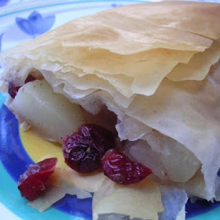 Low Fat Pear-Cranberry Strudel