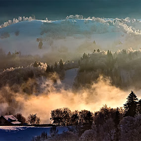 One morning by Ionut Stoica - Landscapes Mountains & Hills ( hills, winter, mountain, cold, color, fog, atmosphere, trees, romania, morning, sun )