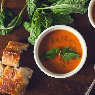 One Pot Creamy Tomato Soup (Vegan, Gluten-Free)