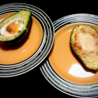 Spicy Grilled Avocado with Cheese