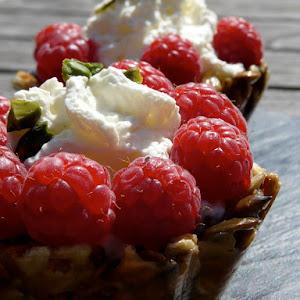 Raspberry Crunchy Granola Tartletts