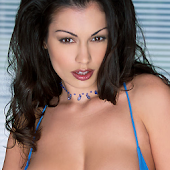 Aria Giovanni - On The Go Girl