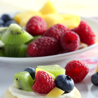 Mini Sugar Cookie Fruit Pizzas