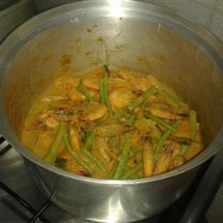 Guinataan Sitaw and Kalabasa (String Beans and Squash Stew)