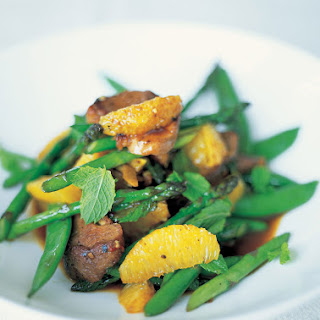 Stir-fried Duck With Sugar Snap Peas & Asparagus