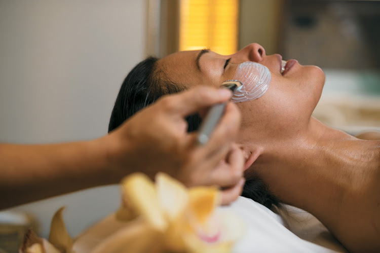 Indulge in a facial at the Deep Nature Spa by Algotherm, an award-winning luxury spa, aboard your Paul Gauguin cruise.