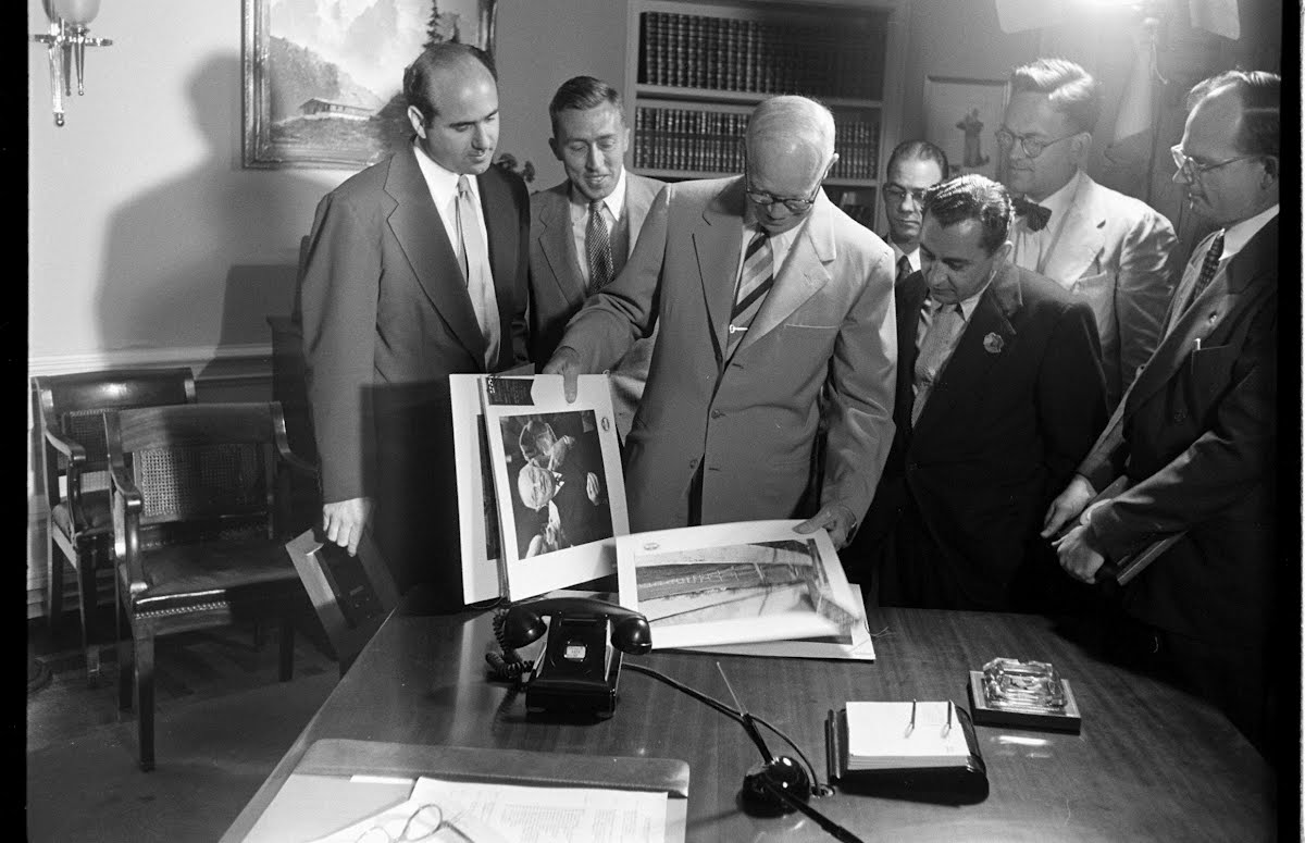 Mark Kauffman Being Given White House Press Photographer's Award By Eisenhower At White House.