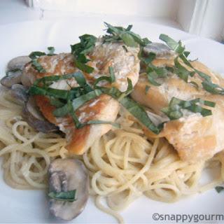 Champagne Chicken & Mushroom Pasta