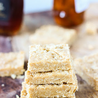 No-Bake Honey Maple Cashew Bars