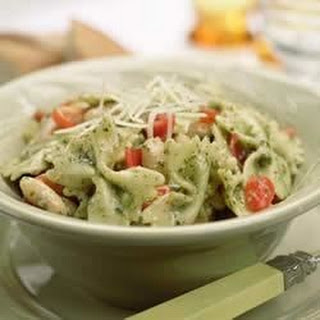One-Pot Pasta with Tomatoes, White Beans and Pesto.