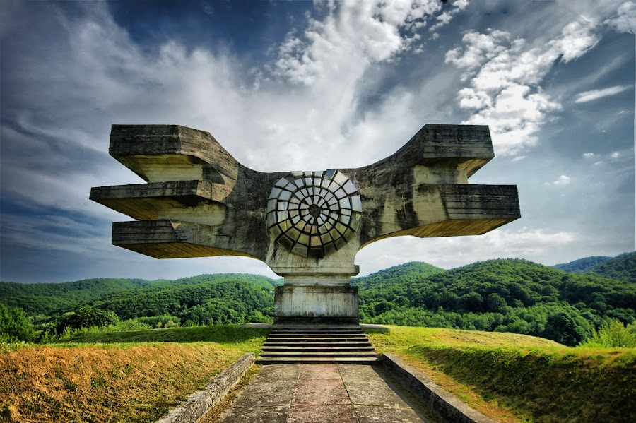 Monument to antifascisme by Stephan Roller - Buildings & Architecture Statues & Monuments (  )