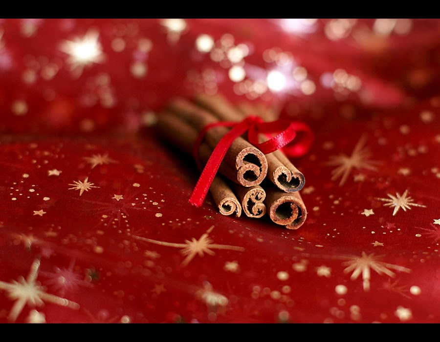 Cinnamon  by Black Haze - Public Holidays Christmas ( red, cinnamon, christmas, , decoration, object )