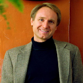 Dan Brown Best Selling Author