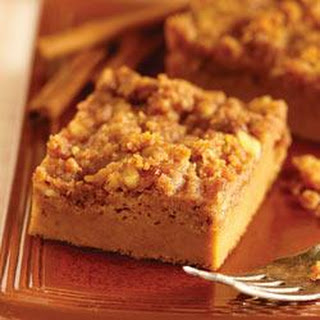 Streusel Topped Pumpkin Pie by EAGLE BRAND®