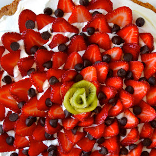 Strawberry Shortbread Cookie Cake.