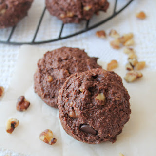 Creamy Chocolate Walnut Cookies